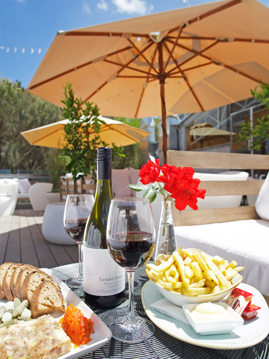 Terindah Estate relax with food and wine at cellar door